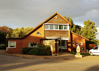 Macqueen Vets, Devizes, newly extended premises